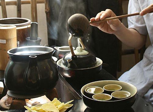 Món ngon ngày Tết: Cách pha trà ngon